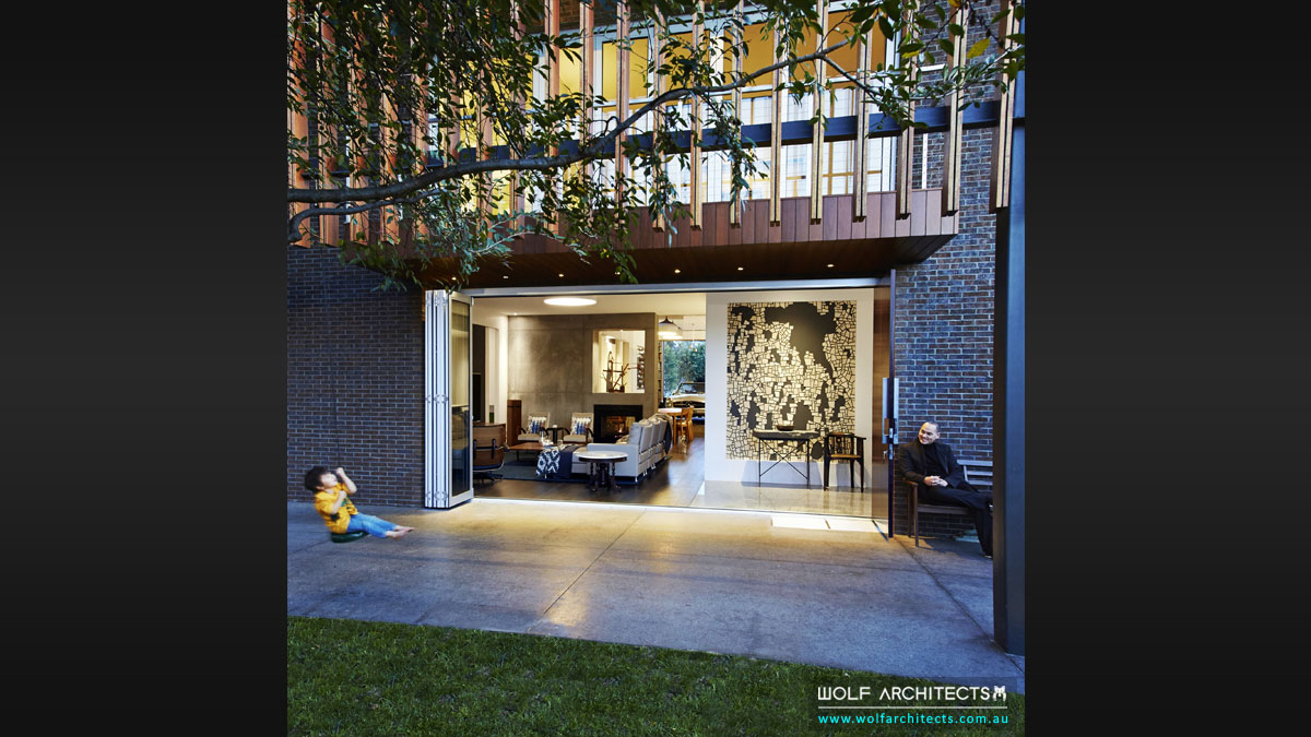 Strong indoor outdoor interior to landscape deisgns by Wolf Architects