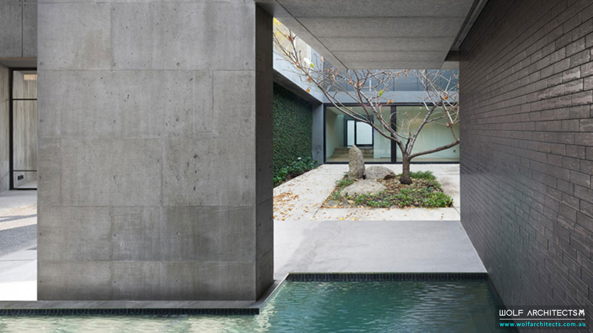 Wolf-Architects-Featured-Project-Concrete-Eight-House-Court-Yard