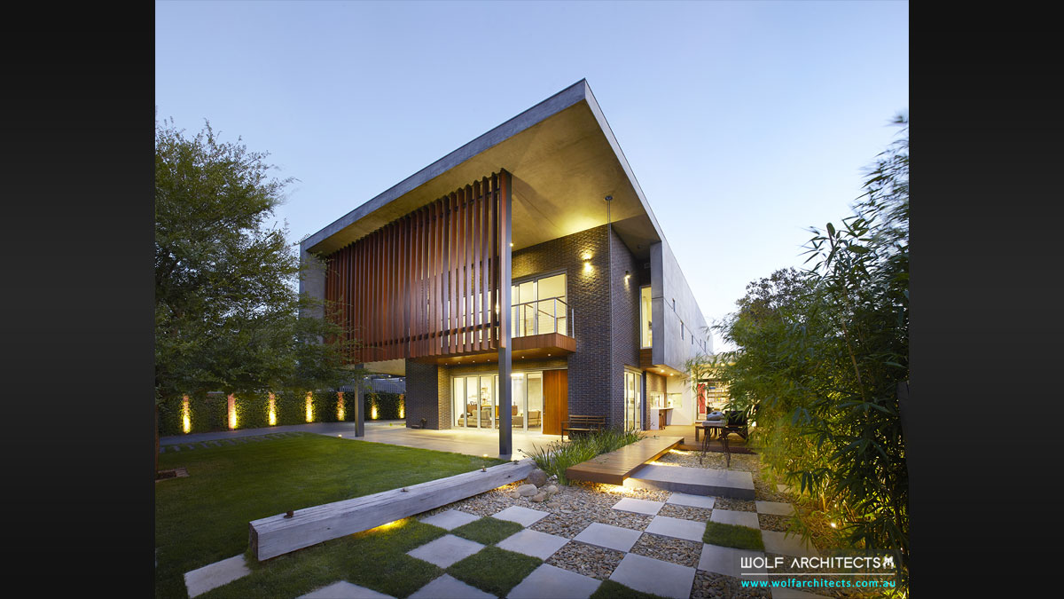 Renowned and award winning Wolf Architects mount waverley house