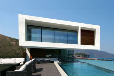 The Contemporary Beach House view from pool deck