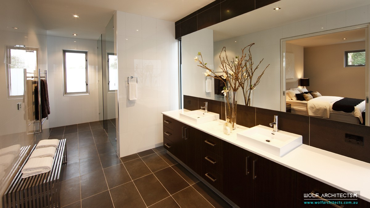 baldwyn house modern bathroom